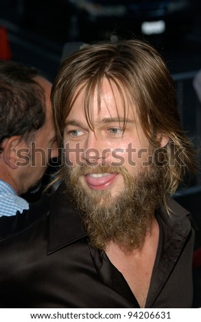 Actor BRAD PITT at the Los Angeles premiere of his wife Jennifer Aniston's new movie The Good Girl. 07AUG2002.   Paul Smith / Featureflash - stock photo
