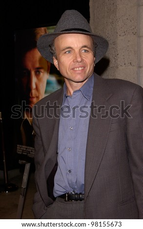Actor CLINT HOWARD at the world premiere, in Beverly Hills, of A Beautiful Mind. 13DEC2001.  Paul Smith/Featureflash