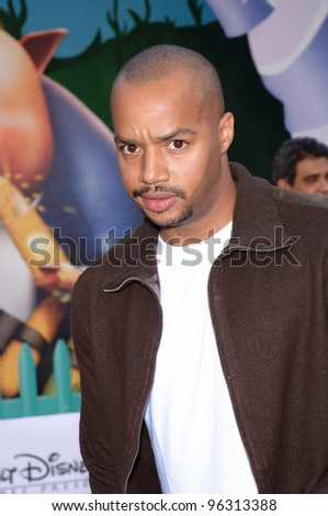 Actor DONALD FAISON at the world premiere of Walt Disney's Chicken Little at the El Capitan Theatre, Hollywood. October 30, 2005 Los Angeles, CA  2005 Paul Smith / Featureflash - stock photo