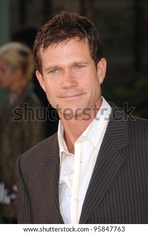 "Actor DYLAN WALSH at the world premiere, in Hollywood, of his new movie ""The Lake House"". June 13, 2006  Los Angeles, CA  2006 Paul Smith / Featureflash"