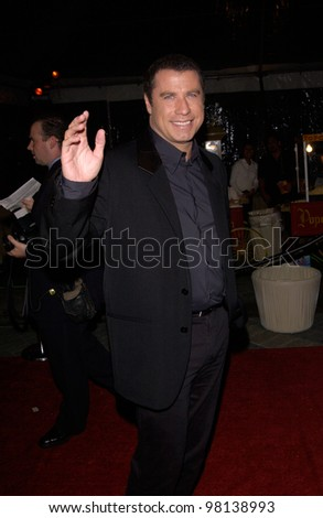 Actor JOHN TRAVOLTA at the world premiere, in Hollywood, of his new movie Domestic Disturbance. 30OCT2001.   Paul Smith/Featureflash