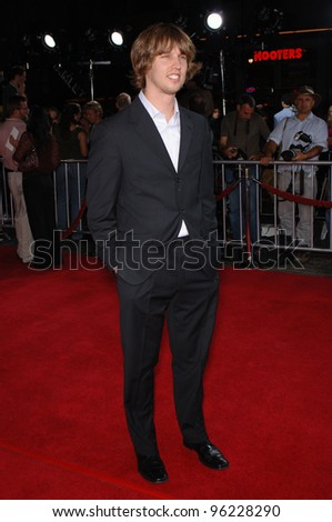 Actor JON HEDER at the Los Angeles premiere of his new movie Just Like Heaven at the Grauman's Chinese Theatre, Hollywood. September 8, 2005  Los Angeles, CA  2005 Paul Smith / Featureflash