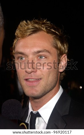 Actor JUDE LAW at the world premiere, at Grauman's Chinese Theatre Hollywood, of his new movie Sky Captain and the World of Tomorrow. September 14, 2004