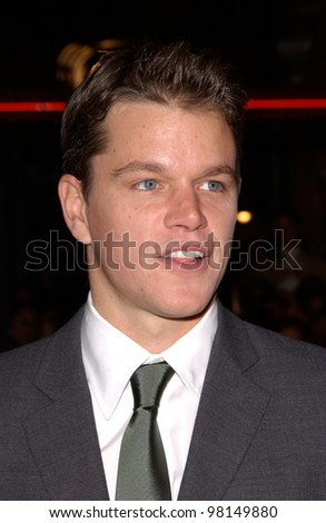 Actor MATT DAMON at the world premiere, in Los Angeles, of his new movie Ocean's Eleven. 05DEC2001.  Paul Smith/Featureflash - stock photo