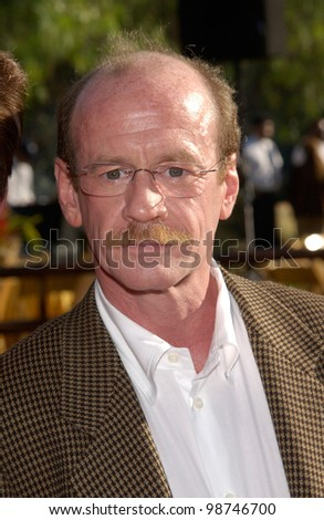 Actor MICHAEL JETER at the world premiere, in Los Angeles, of his movie Jurassic Park III. 16JUL2001.   Paul Smith/Featureflash