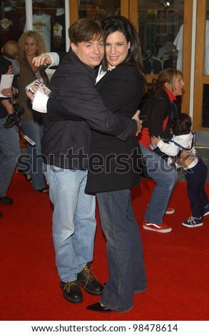 Actor MIKE MYERS & wife actress ROBIN RUZAN at the world premiere, in Hollywood, of his new movie Dr. Suess' The Cat in the Hat. November 8, 2003  Paul Smith / Featureflash