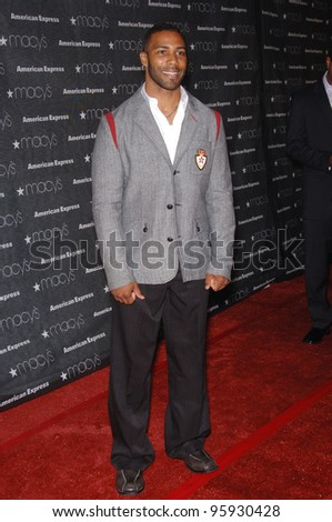 Actor OMARI HARDWICK at the Macy's Passport 2006 Gala at Barker Hanger, Santa Monica Airport. September 28, 2006  Santa Monica, CA Picture: Paul Smith / Featureflash - stock photo