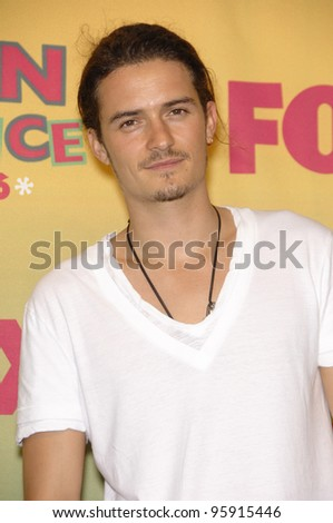 Actor ORLANDO BLOOM at the 2006 Teen Choice Awards at Universal City, Hollywood 20AUG2006  Los Angeles, CA  2006 Paul Smith / Featureflash