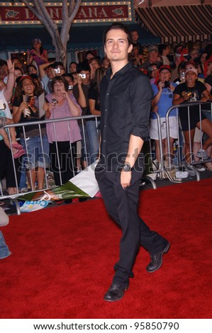 "Actor ORLANDO BLOOM at the world premiere of his new movie ""Pirates of the Caribbean: Dead Man's Chest"" at Disneyland, CA. June 24, 2006  Anaheim, CA  2006 Paul Smith / Featureflash"