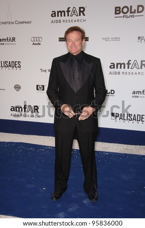 Actor ROBIN WILLIAMS at amfAR's Cinema Against AIDS gala at the Moulin de Mougins restaurant in Cannes. May 25, 2006  Cannes, France.  2006 Paul Smith / Featureflash - stock photo