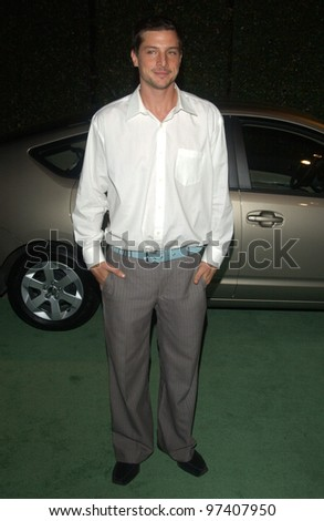 Actor SIMON REX at the 13th Annual Environmental Media Awards in Los Angeles. November 5, 2003  Paul Smith / Featureflash