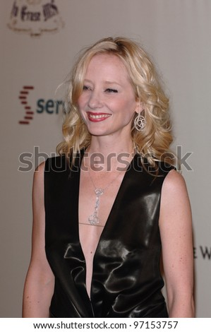 "Actress ANNE HECHE at the 12th Annual Race to Erase MS Gala themed ""Rock & Royalty to Erase MS"" at the Century Plaza Hotel. April 22, 2005  Beverly Hills, CA.  2005 Paul Smith / Featureflash"