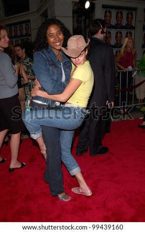 Actress BIJOU PHILLIPS & friend at the Los Angeles premiere of Me, Myself & Irene.