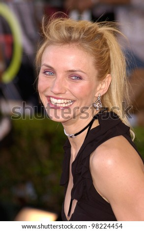 Actress CAMERON DIAZ at the 8th Annual Screen Actors Guild Awards in Los Angeles. 10MAR2002.  Paul Smith / Featureflash - stock photo