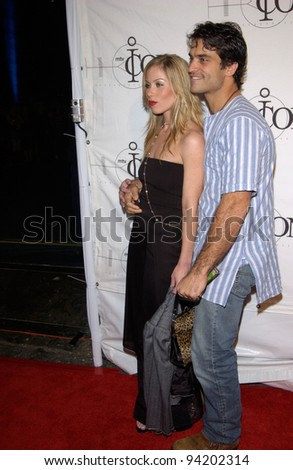 Actress CHRISTINA APPLEGATE & husband actor JOHNATHAN SCHAECH at the mtvICON gala honoring Aerosmith, at Sony Studios, Los Angeles. 14APR2002.