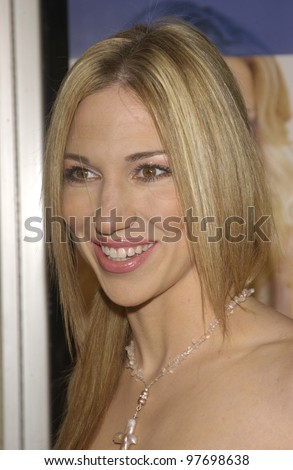 Actress DEBORAH GIBSON at the Los Angeles premiere of Le Divorce. July 29, 2003  Paul Smith / Featureflash