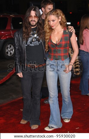 "Actress DREA DE MATTEO & date at the world premiere of ""Jackass Number Two"" at the Grauman's Chinese Theatre, Hollywood. September 21, 2006  Los Angeles, CA Picture: Paul Smith / Featureflash"