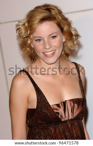 Actress ELIZABETH BANKS at the Los Angeles premiere of Match Point. December 8, 2005  Los Angeles, CA.  2005 Paul Smith / Featureflash