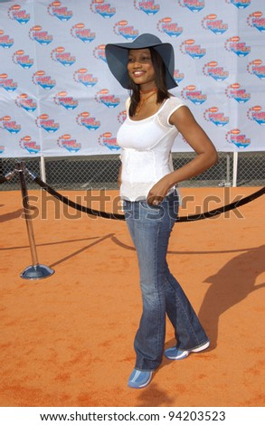 Actress GARCELLE BEAUVAIS at Nickelodeon's 15th Annual Kids Choice Awards in Santa Monica.  20APR2002.  Paul Smith / Featureflash