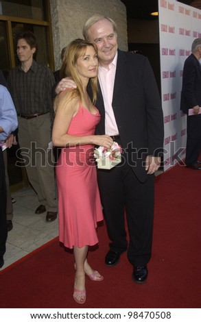 Actress JANE SEYMOUR & husband JAMES KEACH at the Los Angeles premiere of Legally Blonde 2. July 1, 2003  Paul Smith / Featureflash