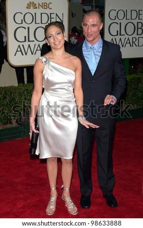 Actress JENNIFER LOPEZ & actor MATTHEW McCONAUGHEY at the 2001 Golden Globe Awards at the Beverly Hilton Hotel. 21JAN2001.   Paul Smith/Featureflash - stock photo