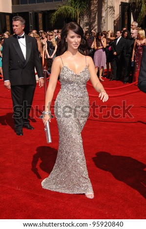 Actress JENNIFER LOVE HEWITT at the 2006 Primetime Emmy Awards at the Shrine Auditorium, Los Angeles. 8 27, 2006 Los Angeles, CA  2006 Paul Smith / Featureflash