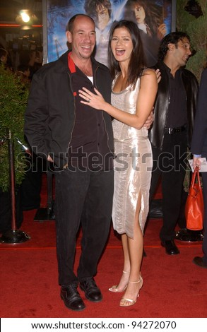 Actress JILL HENNESSY & actor MIGUEL FERRER at the Los Angeles premiere of Harry Potter and the Chamber of Secrets. 14NOV2002.   Paul Smith / Featureflash