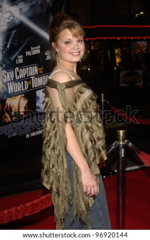 Actress KIMBERLEY J. BROWN at the world premiere, at Grauman's Chinese Theatre Hollywood, of Sky Captain and the World of Tomorrow. September 14, 2004