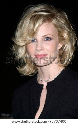 Actress MONICA POTTER at Hollywood premiere of her new movie Along Came A Spider. 02APR2001.    Paul Smith/Featureflash