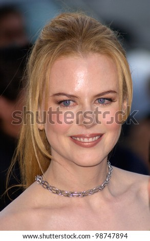Actress NICOLE KIDMAN at the Los Angeles premiere of her new movie The Others which was produced by her former husband Tom Cruise. 07AUG2001.   Paul Smith/Featureflash - stock photo
