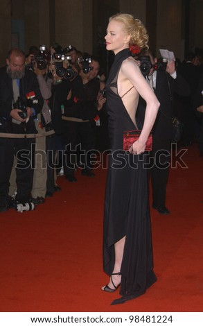 Actress NICOLE KIDMAN at the 18th Annual American Cinematheque Gala where she was honored with the American Cinematheque Award. November 14, 2003  Paul Smith / Featureflash