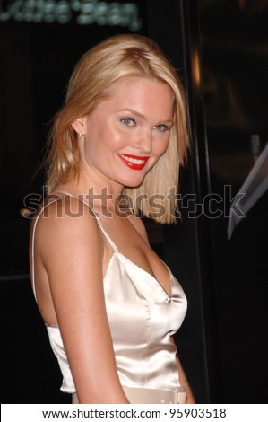 "Actress SUNNY MABREY at the Los Angeles premiere of her new movie ""Snakes on a Plane"" at the Chinese Theatre, Hollywood. August 17, 2006  Los Angeles, CA  2006 Paul Smith / Featureflash"