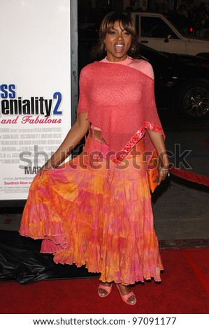 Actress TARAJI P. HENSON at the US premiere of Miss Congeniality 2 - Armed and Fabulous, at the Grauman's Chinese Theatre, Hollywood. March 23, 2005 Los Angeles, CA.  2005 Paul Smith / Featureflash