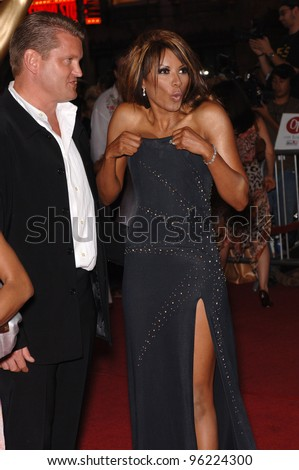 Actress TRACI BINGHAM & husband at the 2005 World Music Awards at the Kodak Theatre, Hollywood, CA. August 31, 2005  Los Angeles, CA.  2005 Paul Smith / Featureflash