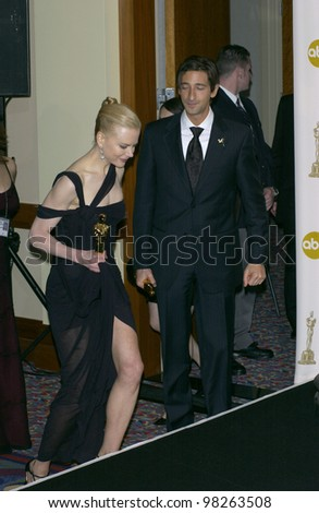 ADRIEN BRODY & NICOLE KIDMAN at the 75th Academy Awards at the Kodak Theatre, Hollywood, California. March 23, 2003 - stock photo