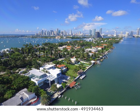 Aerial image of luxury homes at the Venetian Islands Miami Florida