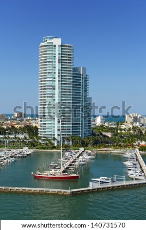 Aerial scenic view of buildings and boats in South Miami Beach - stock photo