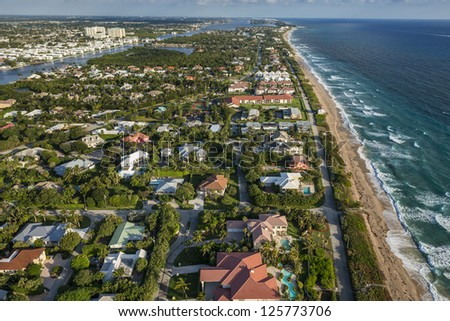 aerial view of southeast florida homes along the beach and intracoastal waterway