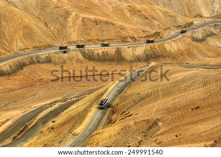 Aerial view of Zigzag road - famously known as jilabi road at old route of  Leh Srinagar Highway, Ladakh, Jammu and Kashmir, India - stock photo