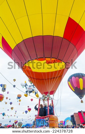ALBUQUERQUE, NEW MEXICO - OCT 11: Balloon before launching on October 11, 2014 in Albuquerque, New Mexico. Albuquerque balloon fiesta is the biggest balloon event in the world.