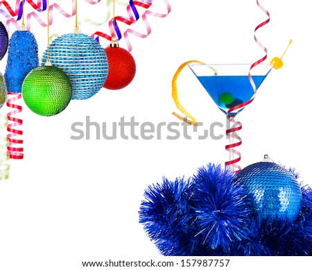 alcoholic cocktail with christmas decoraion