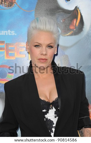 """Alecia Moore (Pink) at the world premiere of her new movie """"Happy Feet Two"""" at Grauman's Chinese Theatre, Hollywood. November 13, 2011  Los Angeles, CA Picture: Paul Smith / Featureflash - stock photo"""