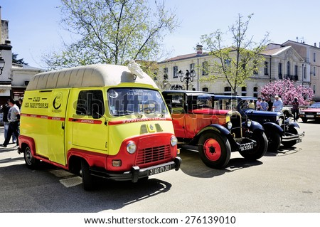 ALES, FRANCE - APRIL 11: Renault Estafette the assistance of 1960 photographed the rally of vintage cars Town Hall Square in the town of Ales, April 11, 2015. - stock photo