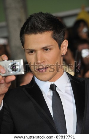 "Alex Meraz at the world premiere of his new movie ""The Twilight Saga: New Moon"" at Mann Village & Bruin Theatres, Westwood. November 16, 2009  Los Angeles, CA Picture: Paul Smith / Featureflash"