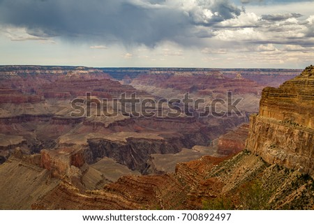 Along the Grand Canyon National Park in Arizona there are multiple lookouts and overlooks to see down into the canyon.