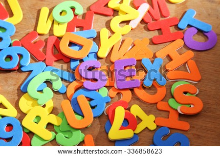 alphabet and numbers not in order