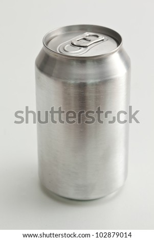 Aluminium closed can against a white background