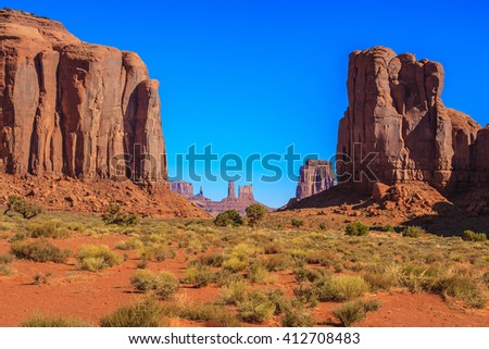 Amazing Daytime Image of Monument Valley