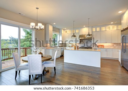Amazing Kitchen Design With White Shaker Cabinets Paired With Marble  Counters, Large Kitchen Peninsula With