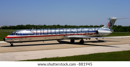 American Airlines McDonnell Douglas DC-9-82 (MD-82) at DFW -- N561AA - stock photo